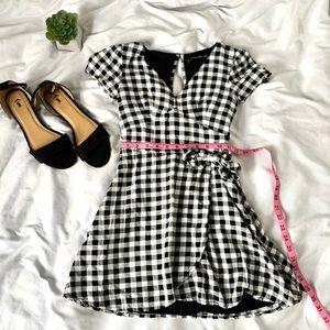Abercrombie and Fitch black and white sundress
